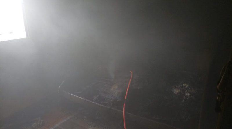 Campo Belo: Celular explode enquanto carregava a bateria